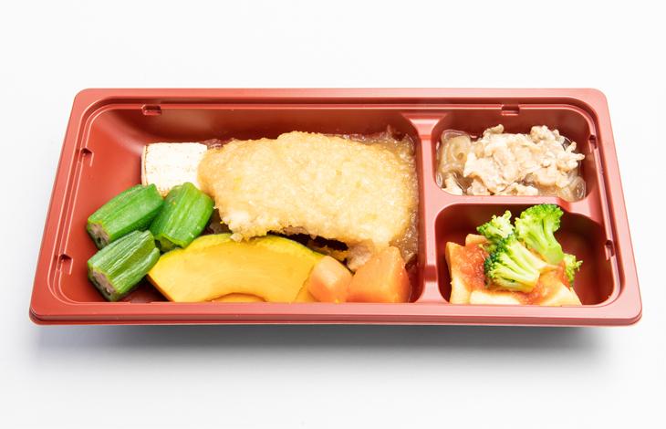 カレイの天ぷらおろしがけトレー